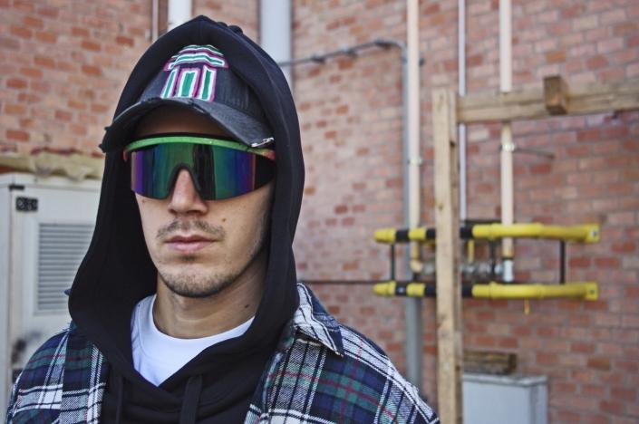 Diego Venturino Collezione F-W 19 uomo berretto con marchio